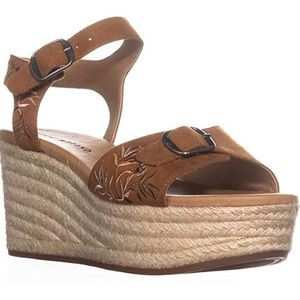 Lucky Brand espadrilles size 8 NWT